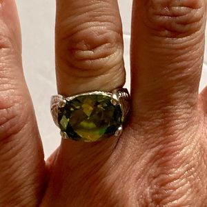 Jewelry - Sterling Silver Green Peridot Ring Size 7